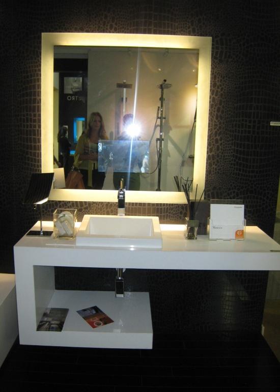 Top interior designers explore the latest bathroom trends for Best interior design blogs 2012