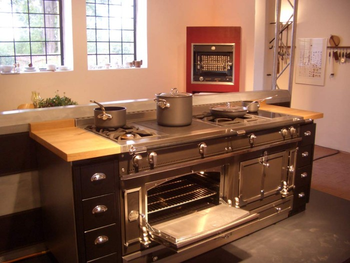 la cornue the bentley of luxury ranges lori dennis. Black Bedroom Furniture Sets. Home Design Ideas