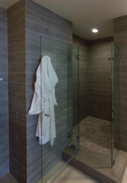 9-lori-dennis-interior-design-bond-beach-guest-bath-2