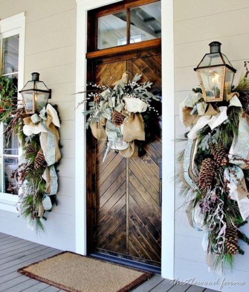decorate-your-entry-for-the-holidays
