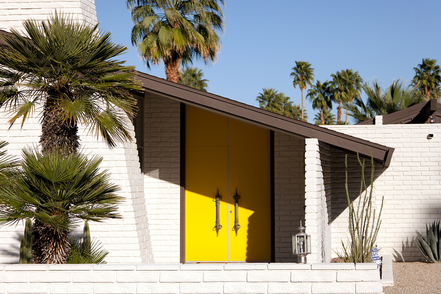 5 Budget-Friendly Ways to Update Your Mid-Century Modern Home