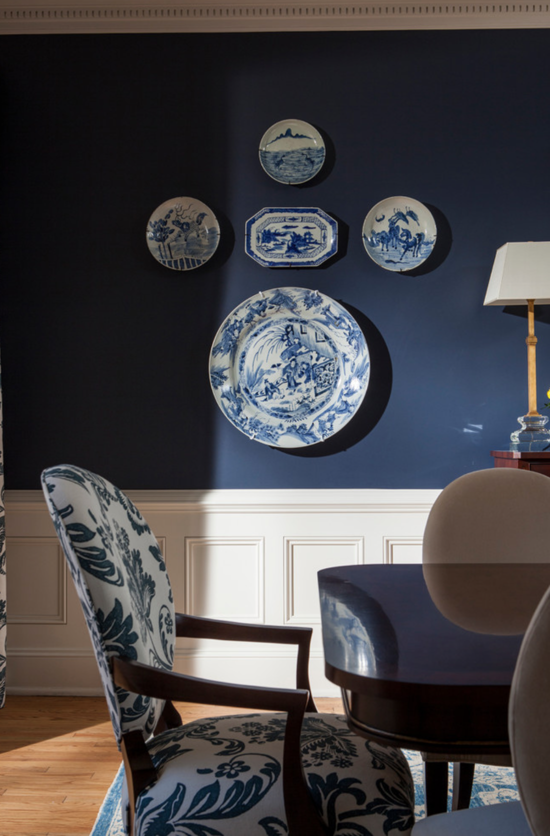 Why Choosing Paint Colors For Your Home Is So Difficult