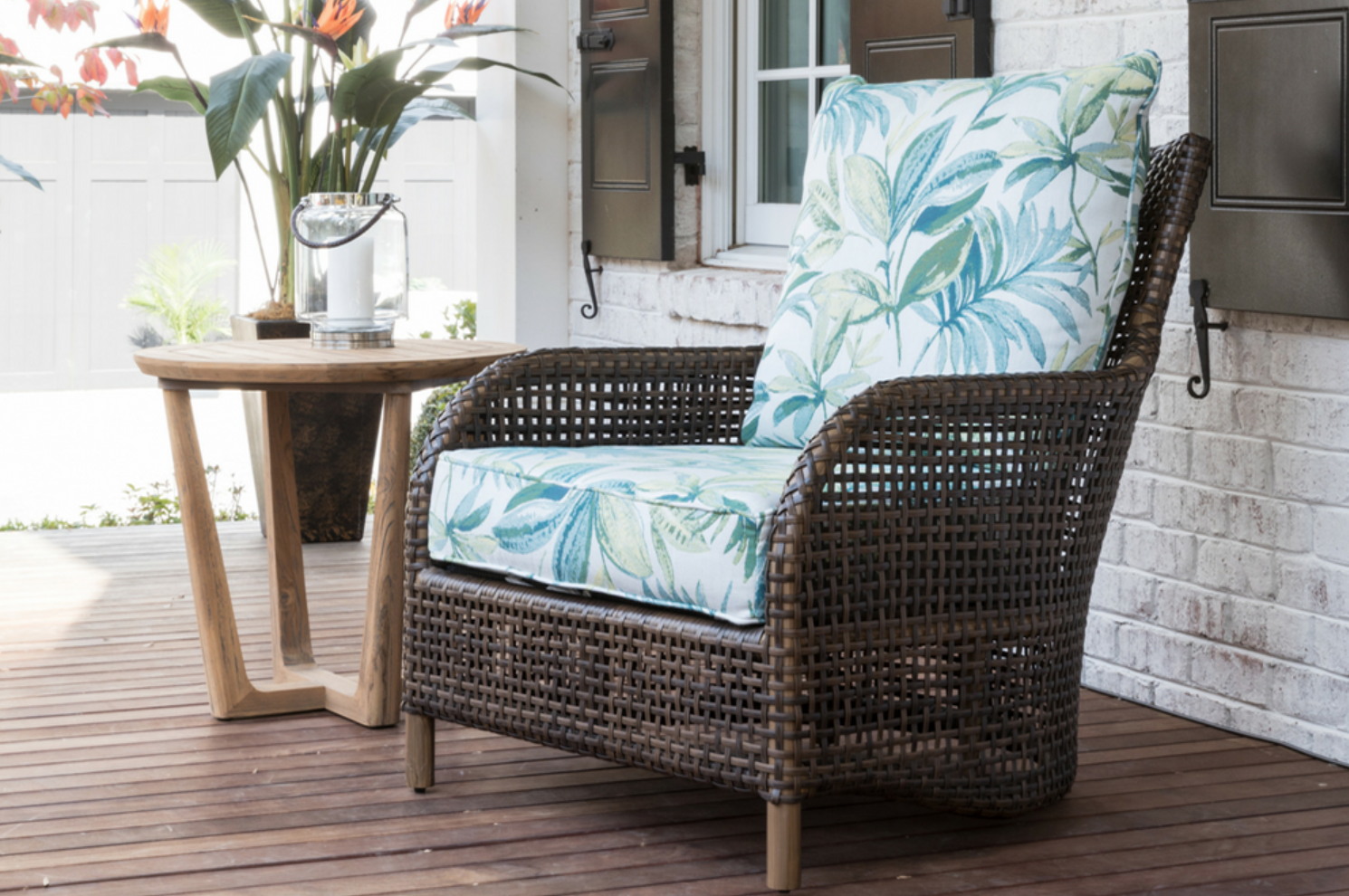 Lloyd Flanders features quality woven furniture--some of the best, classic outdoor furniture you'll find! What we can expect to see: Luxurious outdoor furnishings with the luxe shapes of formal interior living room furniture