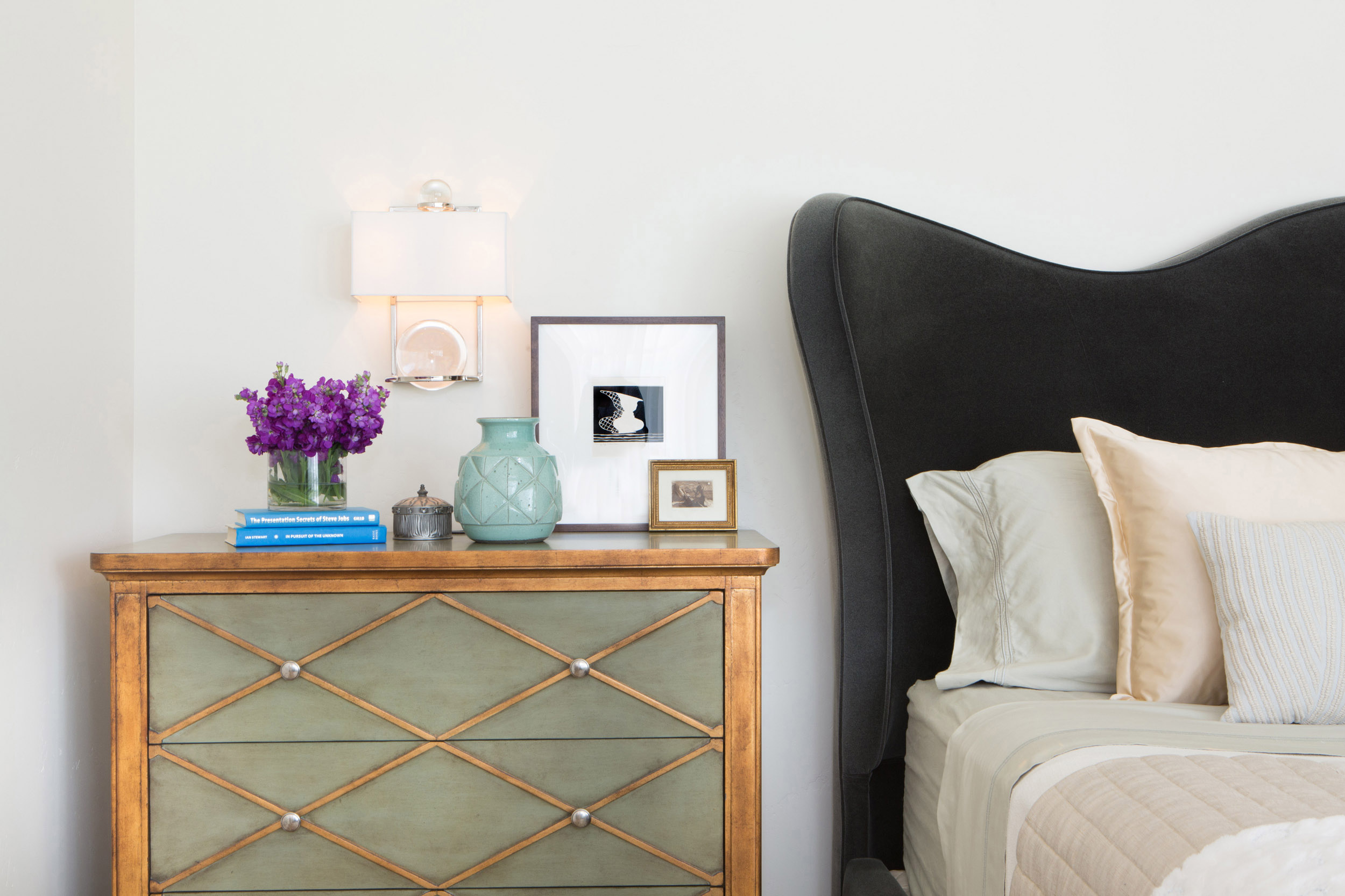 6 Essentials for the Perfect Guest Room