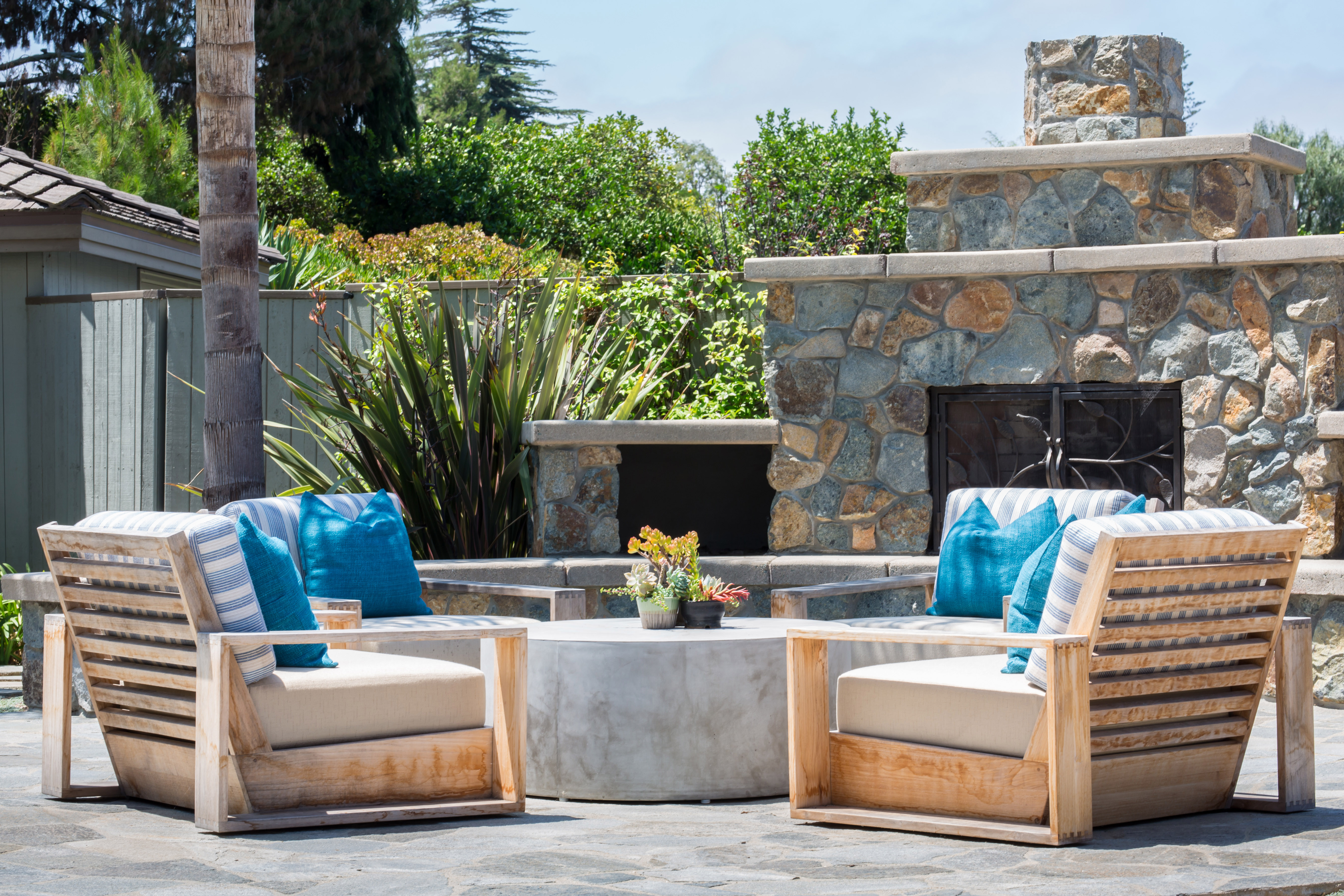 Fire pits help transition from day to night so you can keep the party going strong!