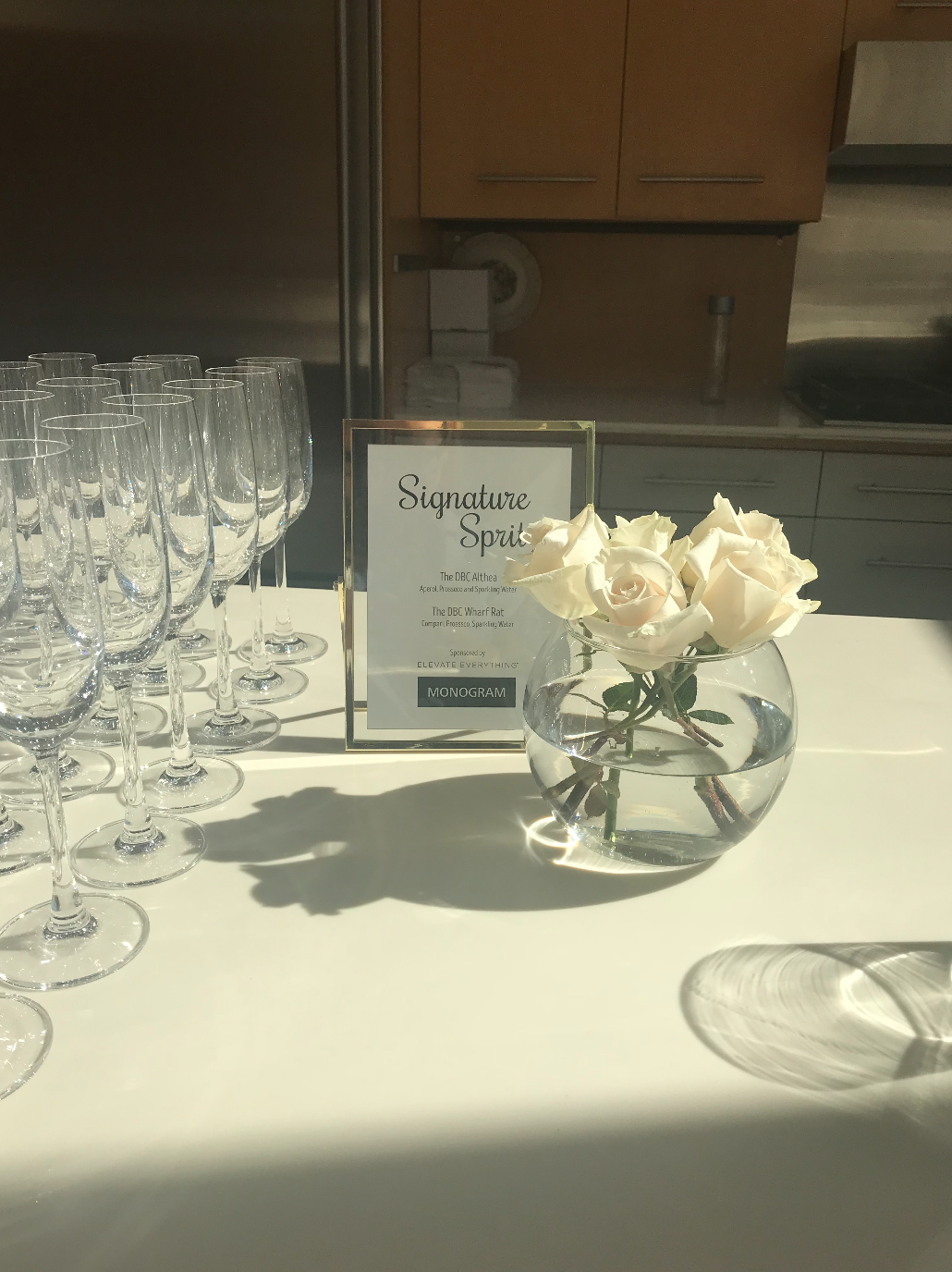 Champagne Spritzers were the drink of the night! I always recommend having one signature drink for an event that keeps things aesthetically cohesive and keeps the bar line short!