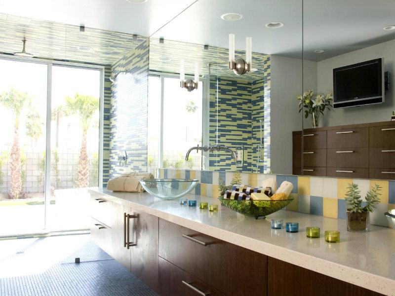 California Bathroom | Sunfilled Bathroom with Colorful Tile