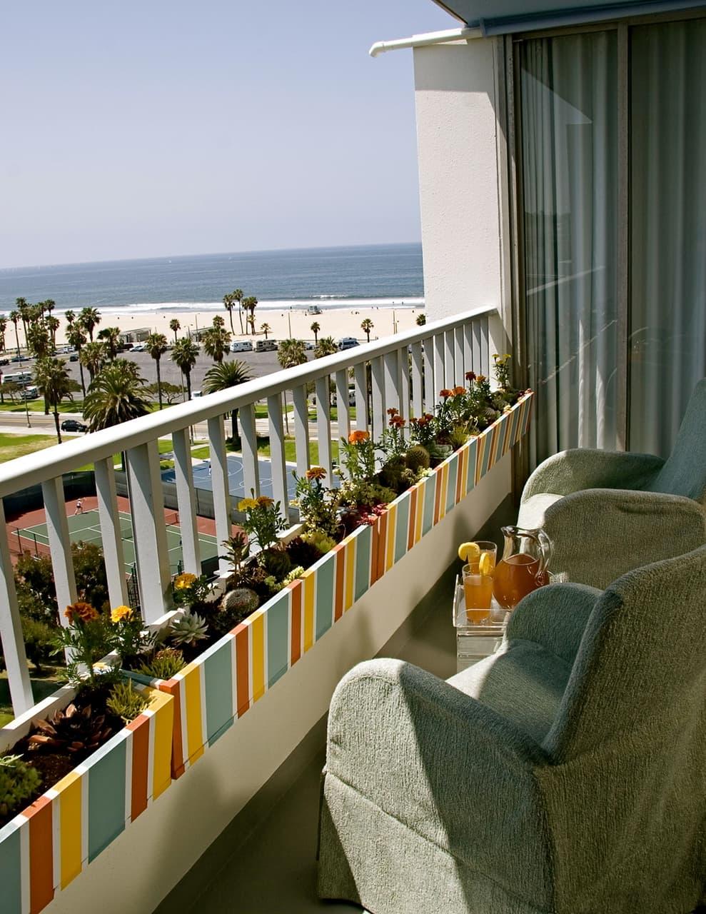 Celebrity Los Angeles Interior Designer Lori Dennis Apartment Therapy